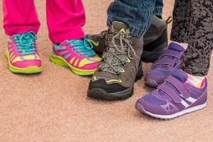 6歳の足のサイズは?靴を選ぶ時の失敗しないコツ