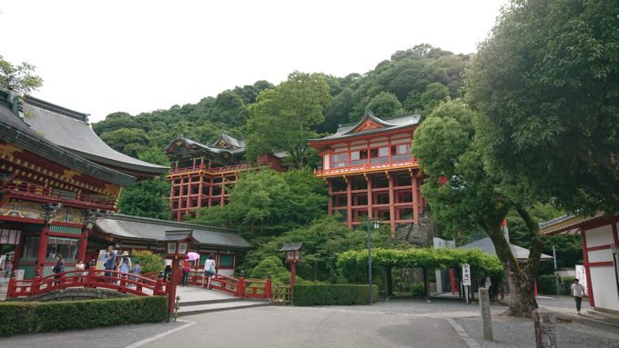 祐徳神社は佐賀以外でも有名?駐車場やお守りなどについて解説!