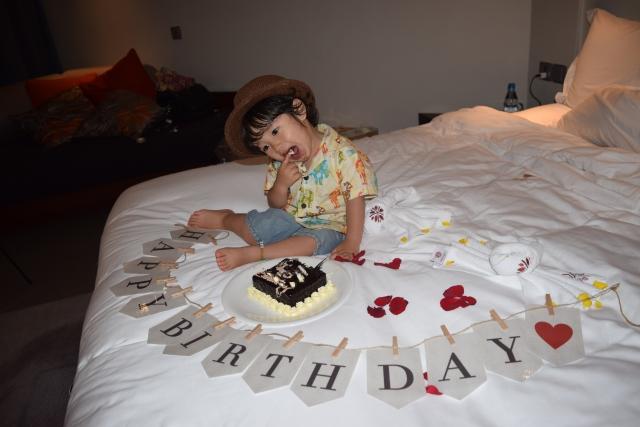 3歳の誕生日喜ぶご飯はアンパンマン?電車?お祝いで注意することは?