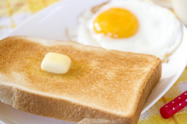 トーストのおいしい焼き方!決め手の切込み方法とおススメ3道具!