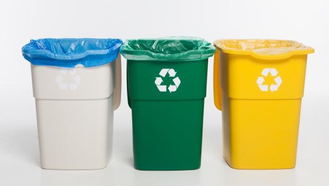 【傘の捨て方】分別は何ゴミ?正しい傘の捨て方とリサイクル方法