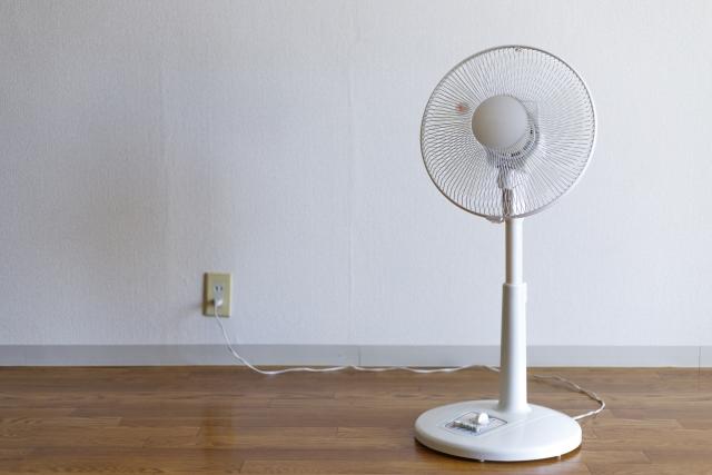 サーキュレーターと扇風機の違い、電気代や夏の冷房時の賢い使い方