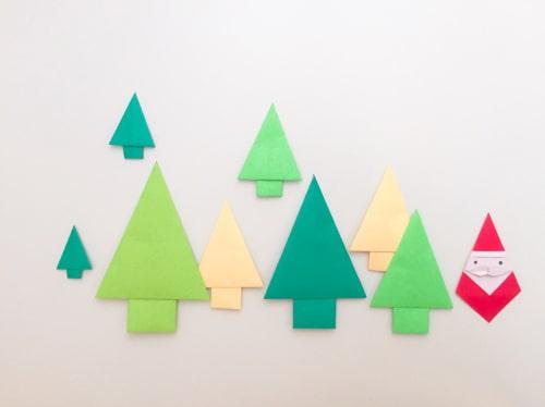 クリスマスツリーを折り紙で壁面に♪子供と一緒に楽しめる作り方を紹介!