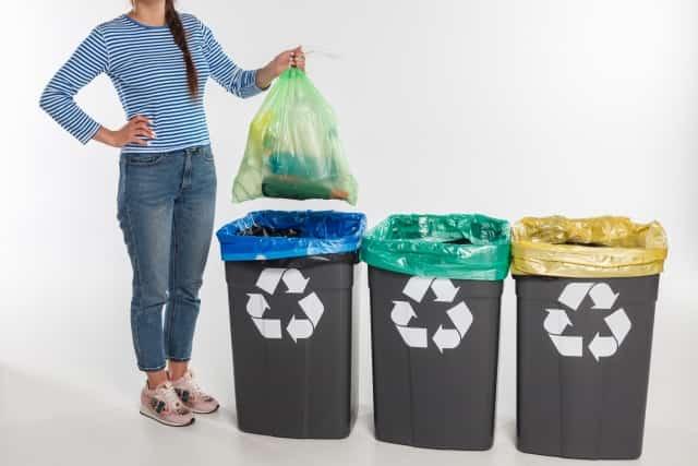 一人暮らしのゴミ箱の工夫!置けない悩みもこのアイデアでスッキリ♪