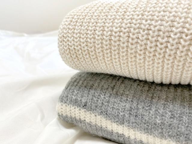 セーターのほつれ直しを自分で簡単に!今すぐできる4つの修復法とは?