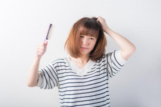 髪の毛がハネない方法